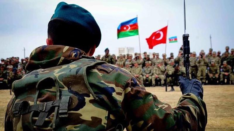 Տեսանյութ. Թուրքական զորքն ու ռազմատեխնիկան ժամանել են Նախիջևան.հանդիսավոր ընդունելություն է կազմակերպել