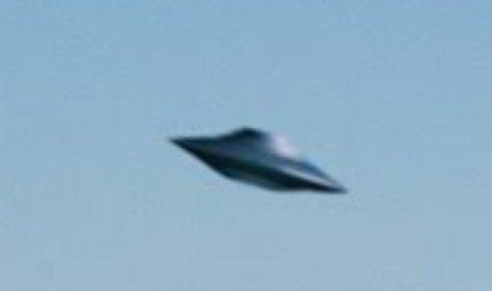 ԱՄՆ-ում ուղիղ եթերում ՉԹՕ-ն թռել է Կոնգրեսի շենքի վրայով. տեսանյութ