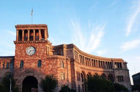 Սերժ Սարգսյանի կաշկանդվե՞լ է պատճառը, որ կառավարության նիստերը դռնփակ են ացկացվելու