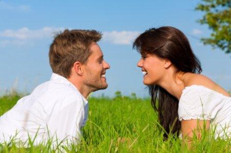 Ինչո՞ւ են կանանց հրապուրում ամուսնացած տղամարդիկ