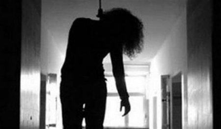 Կախված կնոջ դի՝ նկուղում