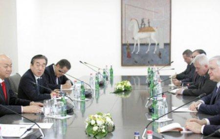 Արտգործնախարար Նալբանդյանը հանդիպեց Ճապոնիայի արտգործնախարարին