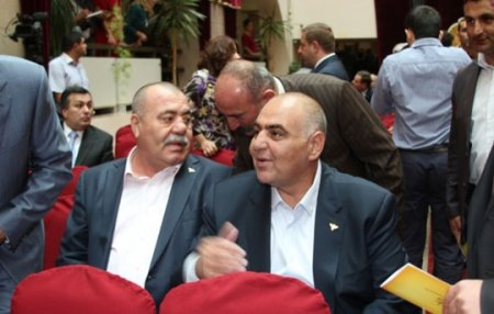 Գեներալներ Մանվելն ու Սեյրանը «դաբրո» են ստացել նախագահականից. «Հրապարակ»