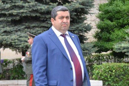 Թեժ իրավիճակ Էջմիածին-Երևան ճանապարհին. այստեղ է նաև Առաքել Մովսիսյանը