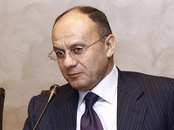 Շատերն են ուրախանում, որ ապաշրջափակում է լինելու...թուրք-ադրբեջանական տանդեմն ընդլայնելու է և տնտեսական,և ժողովրդագրական հարձակումը մեզ վրա