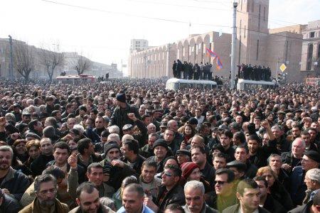Սերժ Սարգսյանը վերաբացում է Մարտի 1-ի գործը.  ուշագրավ զարգացումներ. «Ժողովուրդ»
