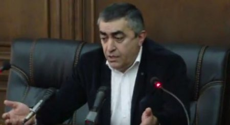 Արմեն Ռուստամյանը՝  Երեւանի կենտրոնում տեղի ունեցող իրադարձությունների և վաղը կայանալիք նիստի  մասին․ ՏԵՍԱՆՅՈՒԹ
