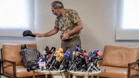 ՈՒՂԻՂ ՄԻԱՑՈՒՄ. լրագչողները սպասում են  Նիկոլ Փաշինյանին ու Կարեն Կարապետյանին․ ՏԵՍԱՆՅՈՒԹ