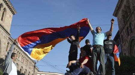 Ամերիկացի փորձագետների գնահատականը Հայաստանի թավշյա հեղափոխության մասին․ ՏԵՍԱՆՅՈՒԹ