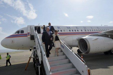 Ինչպես Արմեն Սարգսյանին դիմավորեցին Թբիլիսիում (Տեսանյութ)