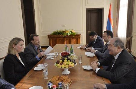 ԱՄՆ-ն հիացած է հայ ժողովրդի միասնականությամբ և կշարունակի գործակցել Հայաստանի կառավարության և ժողովրդի հետ