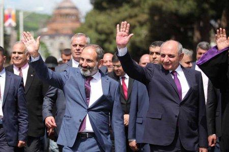 Մեկ հնարավորություն Բակո Սահակյանին, քանի դեռ հեղափոխության ալիքը չի հասել Արցախ