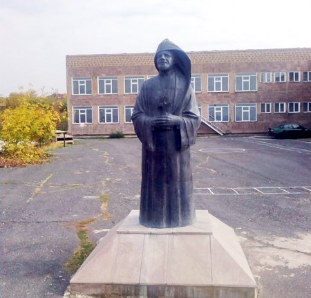 Արագածոտնի մարզի Մուղնու դպրոցի տնօրենի ընտրությունը սկանդալի կիզակետում