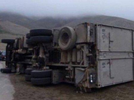 Մարդատար ավտոբուսը 200 մետրից գլորվել է անդունդը. կա 45 զոհ