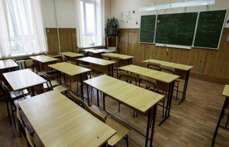 Դպրոցում 27 աշխատակիցներից 8-ը տնօրենի հարազատներն են