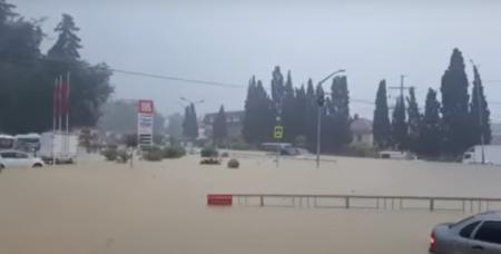 ՏԵՍԱՆՅՈՒԹ. Ռուսաստան-Խորվաթիա հանդիպումից առաջ Սոչիում ջրհեղեղ է