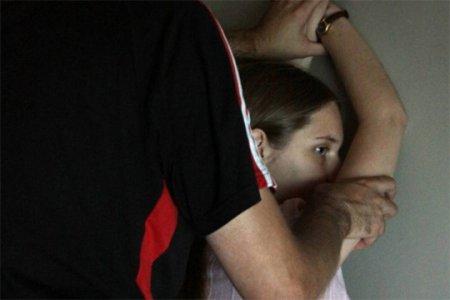 Տղամարդը ինը տարի շարունակ բռնաբարել է դստերը