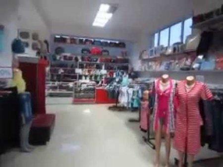 Տեսախցիկը ֆիքսել է՝ ինչպես են փորձել խանութից հագուստ գողանալ. ՔԿ (տեսանյութ)