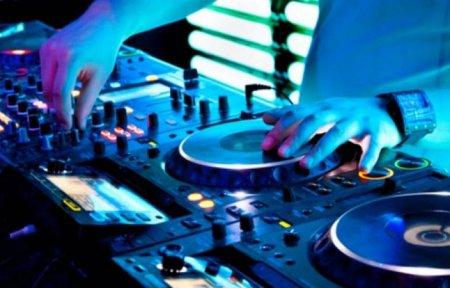 Ադրբեջանում ձերբակալել են հայկական երգ հնչեցրած DJ-ին