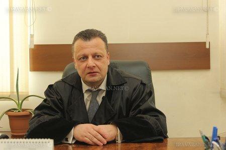 Ինքս ինձ չվստահե՞մ, եթե բոլորն ինձ վստահում են.Ռոբերտ Քոչարյանին ազատ արձակելու որոշումը կայացրած դատավորը ինքնաբացարկի հիմքեր չի տեսնում