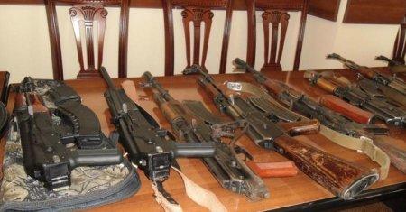 «Զվարթնոց» օդանավակայանում Հայաստան առաքված բեռի մեջ հայտնաբերել են մի ամբողջ զինանոց