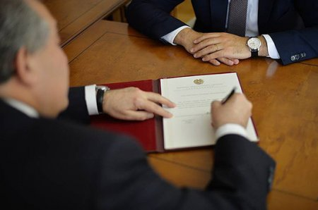 ՀՀ նախագահը հետ է կանչել Ուկրաինայում Հայաստանի դեսպանին