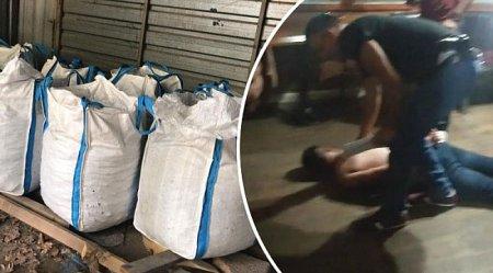 Թուրքիայում  վարորդին դուրս  են բերել մեքենայից, կապկպել, հետո թալանել 20 տոննա մոլիբդենով հայկական բեռնատար.տեսանյութ