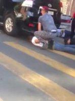 Լուսանկար.Ոստիկանները քիչ առաջ զինաթափել եւ բերման են ենթարկել Սամվել Ալեքսանյանի թիկնազորին