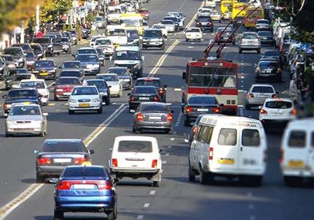 Երևանի որոշ փողոցներում կարգելվի ավտոմեքենաների կայանումը, կլինեն երթևեկության սահմանափակումներ