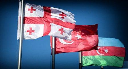 Ալիևը հաստատել է Ադրբեջանի, Վրաստանի և Թուրքիայի միջև պաշտպանության ոլորտում համագործակցության վերաբերյալ միջկառավարական փաստաթուղթը