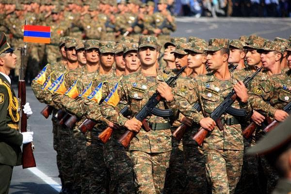 Զինված ուժերը քաղաքականացնելով՝ բանակը արժեզրկվում և վարկաբեկվում է