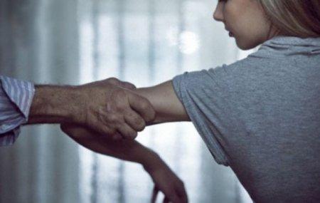 14 և 16–ամյա աղջնակների հետ սեռական հարաբերություն ունենալու մեջ մեղադրվողը կալանավորվեց
