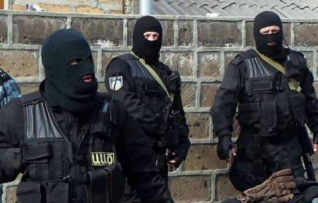 Ոստիկաններն ԱԱԾ-ի հետ բացահայտել են պաշտոնեական լիազորությունների չարաշահումներ. յուրացվել է ավելի քան 8 մլն դրամ (տեսանյութ)