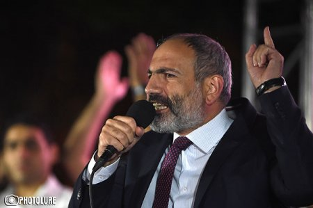 Քիչ է մնում Հրանտ Մարգարյանն Ադրբեջանին ասի՝ զենք չի մտել Հայաստան. դուք այդ կողմից հարձակվեք, մենք այս
