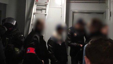 Տեսանյութ.Լիոնում վրացիներից, հայերից և ադրբեջանցիներից բաղկացած հանցավոր խմբավորման անդամներ են ձերբակալվել