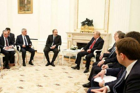 Ժամկետները կան, մենք ցայտնոտի մեջ ենք. Կրեմլի խոսնակը՝ գազի գնի հարցով Հայաստանի հետ բանակցությունների մասին