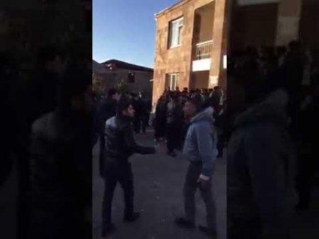 Տեսանյութ. Բախումներ՝ ոստիկանների հետ. Մանվել Գրիգորյանի եղբորորդու գյուղում բողոքի ակցիաները նոր թափ են ստանում