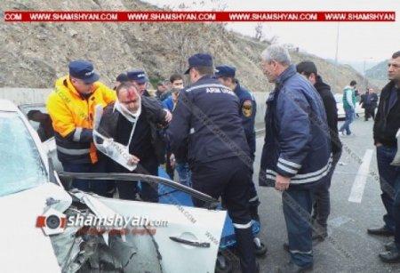 Սարալանջի ճանապարհին մեքենաները վերածվել են մետաղե ջարդոնի. 7 վիրավորներից երեքը երեխաներ են