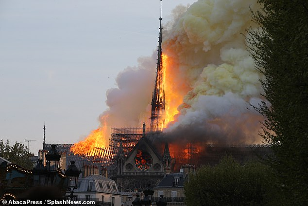 «Փարիզի այրվող սիրտը».Ո՞րն էր կրակի այդքան արագ տարածվելու պատճառը
