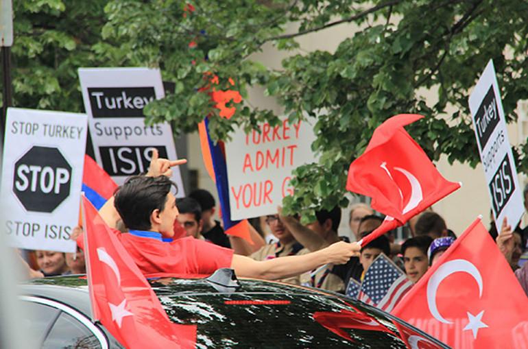 Թուրքական կազմակերպությանը թույլ է տրվել Վաշինգտոնում ապրիլքսանչորսյան ցույցի հարևանությամբ հավաք անցկացնել