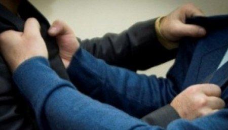 Աղջկա պատճառով մի քանի բուհերի ուսանողներ ծեծի են ենթարկել 23-ամյա ոստիկանին