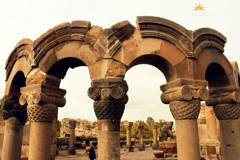 Եթե  դրախտ եք փնտրում՝ գնացեք Հայաստան,որտեղ կա Աստվածային Եդեմական այգի. Իսպանական պարբերական