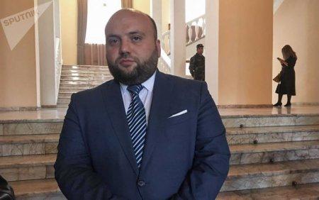Վայոց Ձորի մարզպետ  Տրդատ Սարգսյանի խորհրդականը դաժան ծեծի է ենթարկել զինվորական սպայի. մանրամասնում  է Եղեգնաձորի ոստիկանապետը