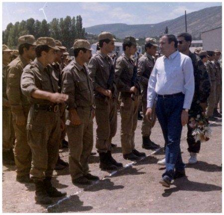 Ադրբեջանը պետք է հասկանա, որ ռազմական ոտնձգության դեպքում կհանդիպի հայ ժողովրդի միահամուռ դիմադրությանը. Տեր-Պետրոսյան